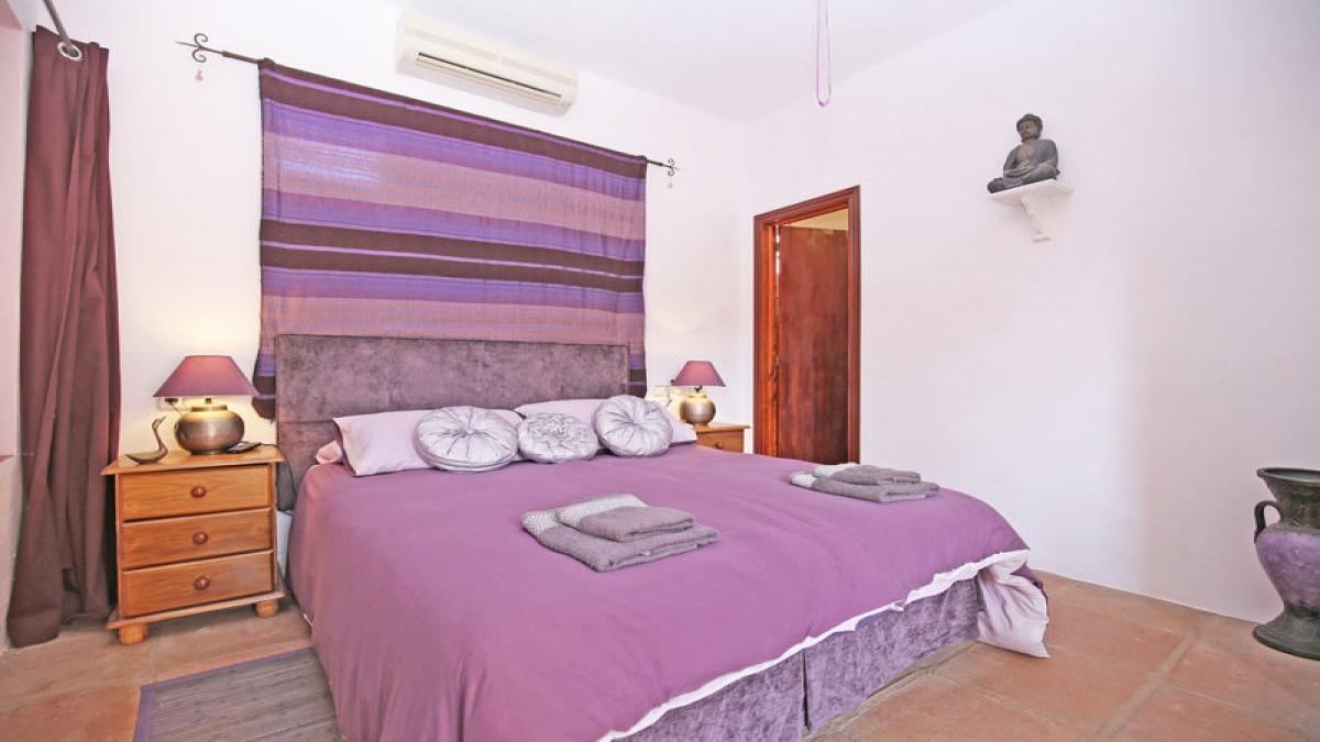 7 Bedrooms Bedrooms, ,7 BathroomsBathrooms,Villa,For Sale,1018